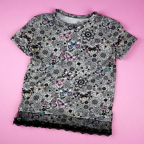 T-Shirt verschönern mit Spitzenborte